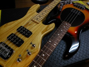 G&L/L-2000とMUSIC MAN/StingRay