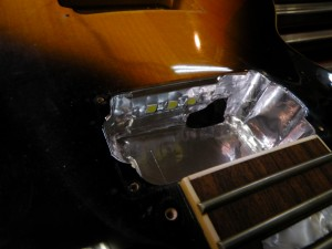 LED以外をアルミテープでシールディングします