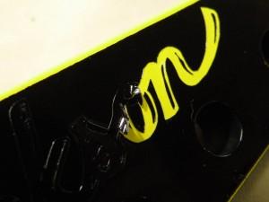 ストライパーならではの黄ロゴ!!