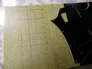 元のSGから模りしてP90仕様のピックガードを作ります。